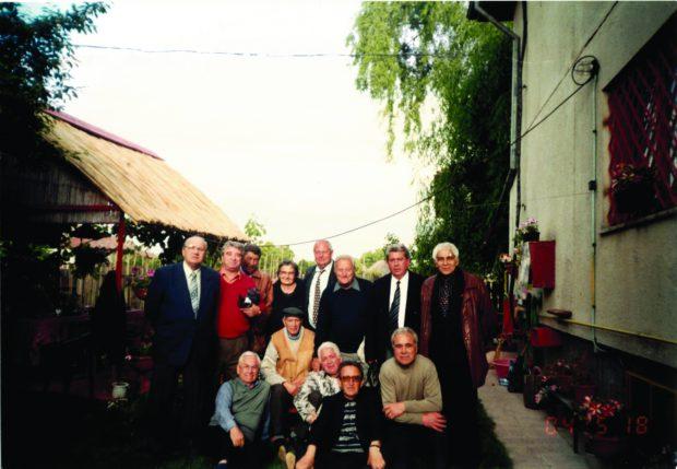 În anul 2005, ultima poză alături de fostul său mentor – Ulrich, împreună cu Petre Dragomir, Cristache, Costică Moldoveanu, Dincuţă, Minea (contabilul clubului în perioada anilor 66), Virgil Dridea, Fronea, Neicuţescu, Iuhasz şi Mihai Mocanu