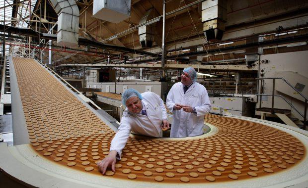 Peste 1.700 de biscuiți au fost folosiți la tortul pentru nunta prințului William