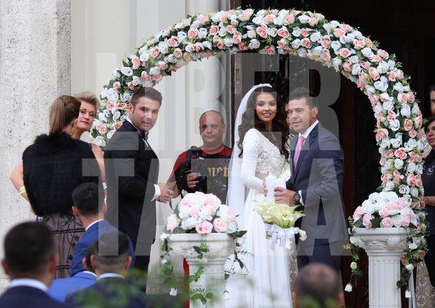 Ce au făcut Adrian Mutu și Sandra la 3 dimineața, la nunta lor. Toți au stat și au privit | VIDEO